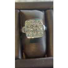 SULLIVAN'S ESTATE JEWELRY Diamond Cluster Ring